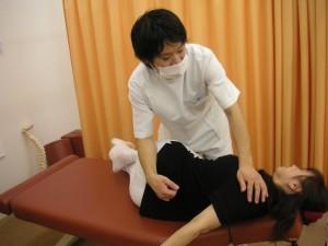 2背骨・骨盤矯正2交通事故後の後遺症、症状の治療